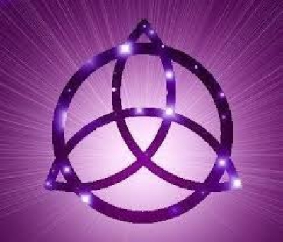 triquetra purple celtic knots